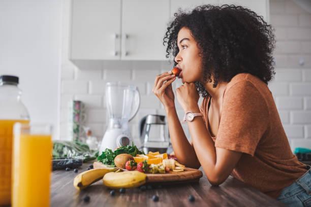 Ser  delgado no significa que descuides tu alimentación
